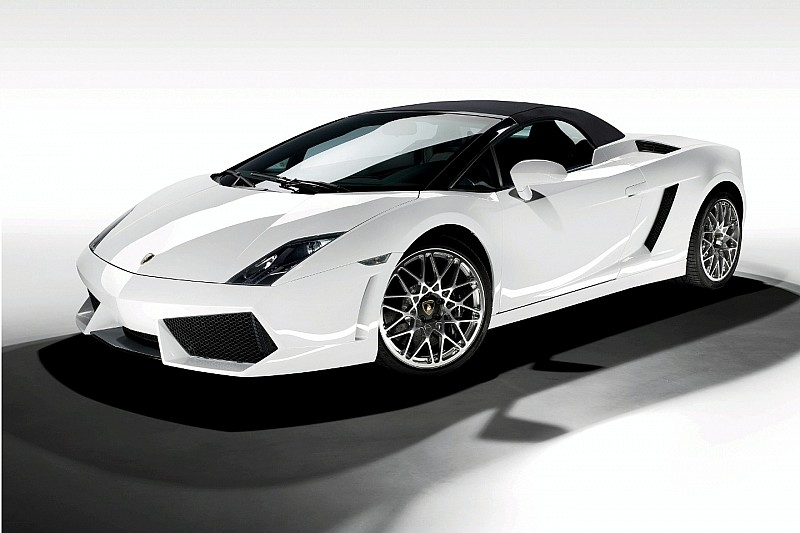 Lamborghini Gallardo LP 560-4 Spyder Revealed
