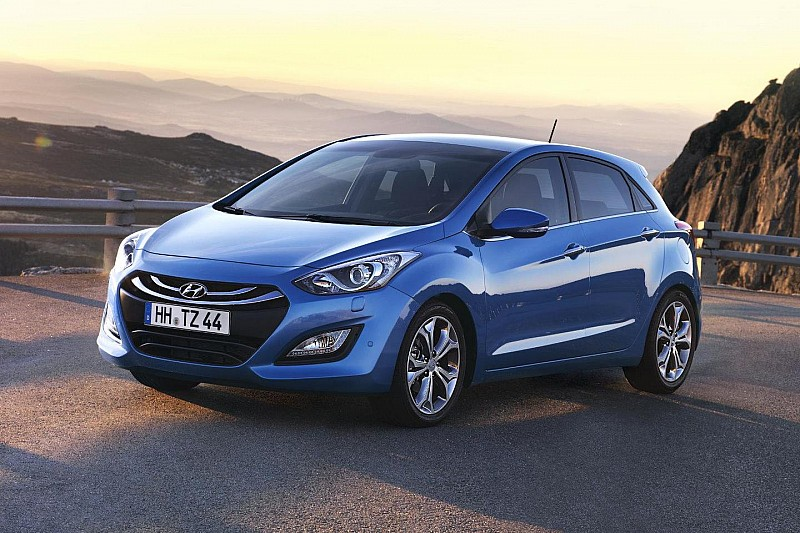 Next generation Hyundai i30 revealed