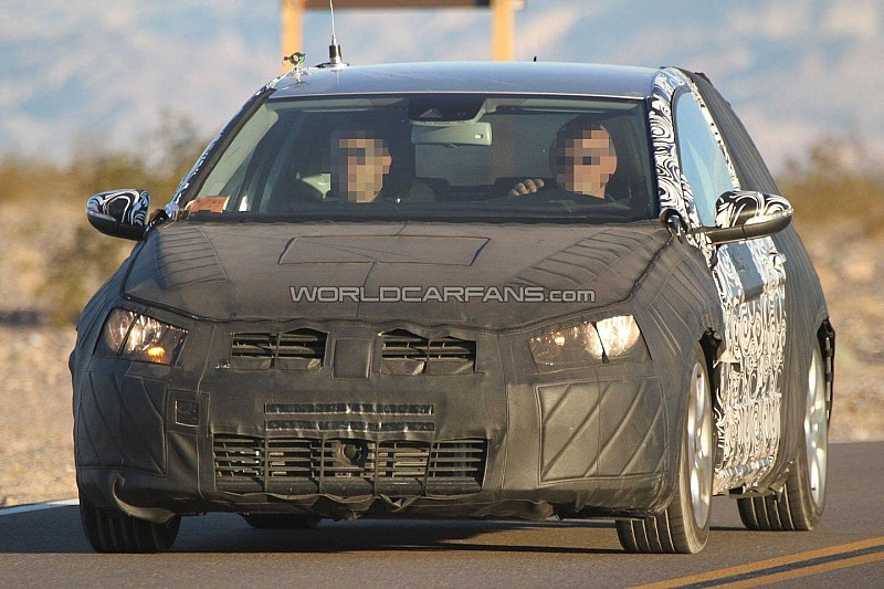 2013 Volkswagen Golf GTI spied on Nurburgring [video]