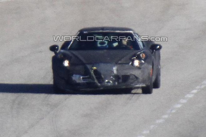 Alfa Romeo 4C spied in Italy, arriving next month in Detroit