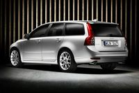 New Volvo S40 and V50 Facelifts Revealed