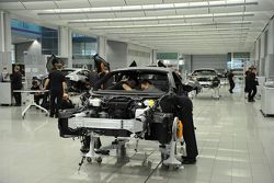 McLaren MP4-12C production at Technology Center, Woking, England, 18.03.2010