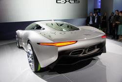 Jaguar C-X75 concept live in Paris 30.09.2010