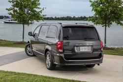 Dodge Grand Caravan 30th Anniversary Edition 04.04.2013